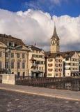 Παλαιά πόλης κτήρια στη Ζυρίχη, Ελβετία Στοκ Εικόνα