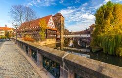 Παλαιά πόλης σκηνή Νυρεμβέργη-Γερμανία-φθινοπώρου Στοκ Εικόνες