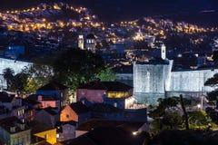 Παλαιά πόλη τη νύχτα dubrovnik Κροατία Στοκ εικόνες με δικαίωμα ελεύθερης χρήσης