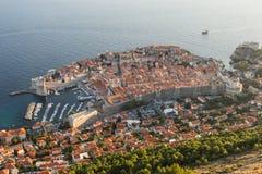 Παλαιά πόλη Dubrovnik που αντιμετωπίζεται άνωθεν Στοκ Φωτογραφία
