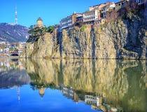 Παλαιά πόλη Tbilisi, βράχος Metekhi και ποταμός, Γεωργία στοκ φωτογραφίες με δικαίωμα ελεύθερης χρήσης