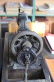 Παλαιά ράβοντας μηχανή Στοκ φωτογραφίες με δικαίωμα ελεύθερης χρήσης