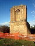 Παλαιά ρωμαϊκή καταστροφή μέσα μέσω Appia Antica (Ρώμη, Ιταλία) Στοκ Φωτογραφίες