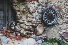 παλαιά ρόδα βαγονιών εμπο&rho Στοκ φωτογραφίες με δικαίωμα ελεύθερης χρήσης