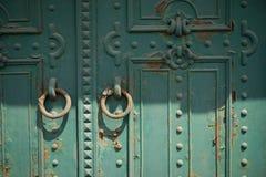 Παλαιά σκουριά πορτών metall στις οδούς της Βουδαπέστης Ουγγαρία Στοκ Εικόνα