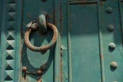 Παλαιά σκουριά πορτών metall στις οδούς της Βουδαπέστης Ουγγαρία Στοκ φωτογραφία με δικαίωμα ελεύθερης χρήσης