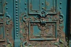 Παλαιά σκουριά πορτών metall στις οδούς της Βουδαπέστης Ουγγαρία Στοκ Εικόνες