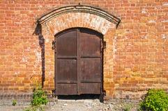 Παλαιά σκουριασμένη πύλη σιδήρου Στοκ Φωτογραφία