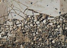 Παλαιά σπασμένα κεραμίδια στοκ φωτογραφία με δικαίωμα ελεύθερης χρήσης