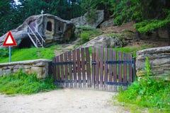 Παλαιά σπηλιά Στοκ εικόνα με δικαίωμα ελεύθερης χρήσης
