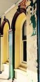 Παλαιά σχηματισμένα αψίδα παράθυρα: Στρώματα Στοκ εικόνες με δικαίωμα ελεύθερης χρήσης