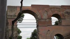 Παλαιά υπολείμματα στη Ρώμη, Ιταλία απόθεμα βίντεο