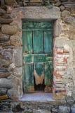 Παλαιά φορεμένη πόρτα Στοκ Φωτογραφίες