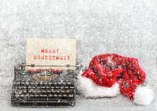 Παλαιά Χαρούμενα Χριστούγεννα καπέλων γραφομηχανών κόκκινη αναδρομικό ύφος εικόνων Στοκ Εικόνα