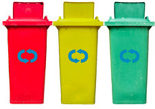 Παλαιά χρησιμοποιημένα ανακύκλωσης δοχεία που απομονώνονται Στοκ Εικόνα