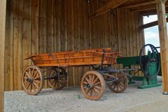 Παλαιά horse-drawn μεταφορά στο αναδρομικό ύφος Στοκ φωτογραφίες με δικαίωμα ελεύθερης χρήσης