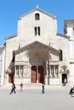 Παλαιά romanesque εκκλησία Αγίου Trophime, Arles, Γαλλία Στοκ Εικόνα