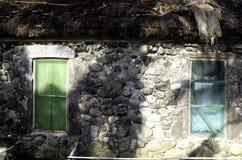 Παλαιές καταστροφές Batanes Φιλιππίνες σπιτιών Ivatan Στοκ Εικόνες