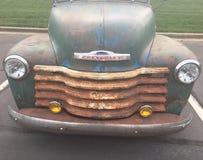 Παλαιές κουκούλα και σχάρα φορτηγών Chevrolet Στοκ εικόνα με δικαίωμα ελεύθερης χρήσης