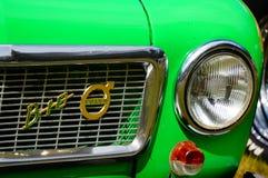 Παλαιές κλασικές πράσινες λεπτομέρειες κολπίσκων αυτοκινήτων Στοκ εικόνα με δικαίωμα ελεύθερης χρήσης