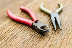 Παλαιές πένσες σκουριάς και pincer στοκ φωτογραφία με δικαίωμα ελεύθερης χρήσης