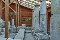 Παλαιές στήλες στη archeological περιοχή Starosel, Βουλγαρία Στοκ Εικόνες
