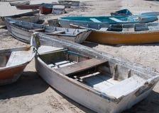 Παλαιές φορεμένες βάρκες Στοκ Εικόνες