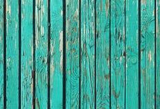 Παλαιές Shabby ξύλινες σανίδες με το ραγισμένο χρώμα Στοκ φωτογραφία με δικαίωμα ελεύθερης χρήσης