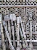 Παλαιοί ξύλινοι θέσεις και φράκτης ραμπών στοκ εικόνες