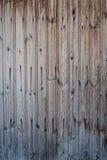 Παλαιοί πίνακες του γκρίζος-καφετιού χρώματος με τις ρωγμές στοκ φωτογραφίες με δικαίωμα ελεύθερης χρήσης