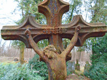 Παλαιοί σφυρηλατημένοι σταυροί και εβραϊκά σύμβολα Στοκ Εικόνα