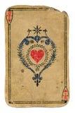 Παλαιός άσσος καρτών παιχνιδιού των καρδιών που απομονώνονται στο λευκό Στοκ φωτογραφία με δικαίωμα ελεύθερης χρήσης