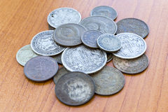 Παλαιός έληξε νομίσματα Νομίσματα της ΕΣΣΔ και ασημένια νομίσματα Στοκ Εικόνες