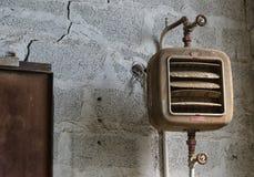 Παλαιός ανεμιστήρας μιας βιομηχανίας που εγκαταλείπεται Στοκ Φωτογραφίες