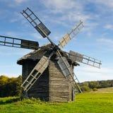 παλαιός ανεμόμυλος ξύλινος Στοκ Εικόνα