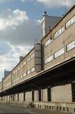 Παλαιός εγκαταλειμμένος βιομηχανικός σιδηροδρομικός σταθμός στην Πράγα Στοκ Φωτογραφίες