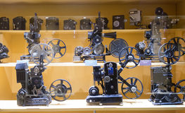 Παλαιός εξοπλισμός στο μουσείο του κινηματογράφου Στοκ Εικόνα