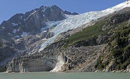 Παλαιός και νέος πάγος στη μακρινή ακτή στοκ φωτογραφία με δικαίωμα ελεύθερης χρήσης