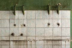 Παλαιός κεραμωμένος τοίχος ενός βιομηχανικού κτηρίου Στοκ φωτογραφία με δικαίωμα ελεύθερης χρήσης