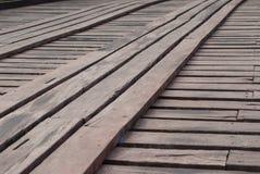 Παλαιός μια μακριά ξύλινη γέφυρα σε Sangklaburi, επαρχία Kanchanaburi, Στοκ Εικόνα