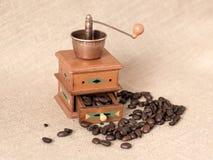 Παλαιός μύλος καφέ Στοκ εικόνα με δικαίωμα ελεύθερης χρήσης