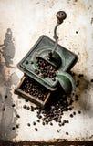 Παλαιός μύλος καφέ Στοκ φωτογραφία με δικαίωμα ελεύθερης χρήσης