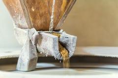Παλαιός μύλος πετρών Στοκ φωτογραφία με δικαίωμα ελεύθερης χρήσης