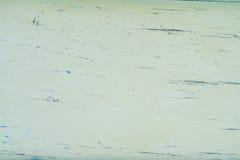 Παλαιός ξύλινος τοίχος με το ραγισμένο και πράσινο χρώμα αποφλοίωσης Στοκ φωτογραφίες με δικαίωμα ελεύθερης χρήσης