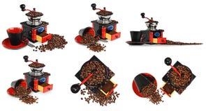 Παλαιός παλαιός ξύλινος μαύρος και κόκκινος μύλος καφέ, φλυτζάνι, ασημένιο spo Στοκ εικόνα με δικαίωμα ελεύθερης χρήσης