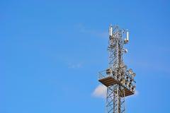 Παλαιός πύργος-ελαφρύς από έναν ποδόσφαιρο-σταθμό Στοκ εικόνες με δικαίωμα ελεύθερης χρήσης