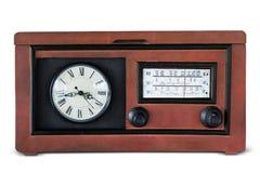 Παλαιός ραδιο φορέας με ένα ρολόι Στοκ φωτογραφία με δικαίωμα ελεύθερης χρήσης