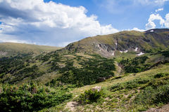 Παλαιός δρόμος του Φωλλ Ρίβερ - δύσκολο εθνικό πάρκο Κολοράντο βουνών Στοκ Εικόνα