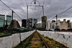 Παλαιός σιδηρόδρομος πέρα από την αψίδα Lapa στο Ρίο ντε Τζανέιρο Στοκ Φωτογραφίες