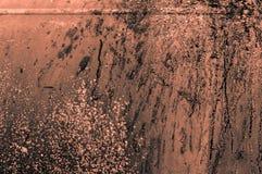 παλαιός σκουριασμένος πορτοκαλής γκριζωπός τοίχος μετάλλων σιδήρου orangish με το χρώμα spl Στοκ φωτογραφία με δικαίωμα ελεύθερης χρήσης